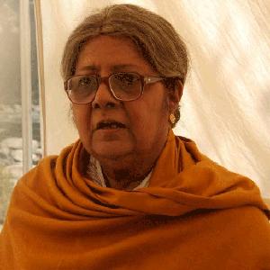 lily-chakraborty-300